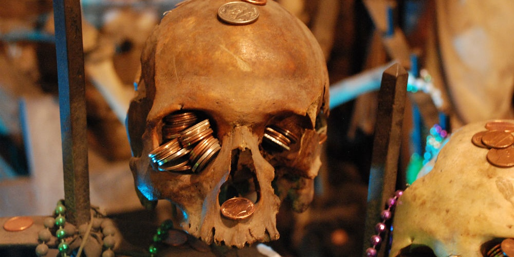 voodoo-skulls-in-new-orleans