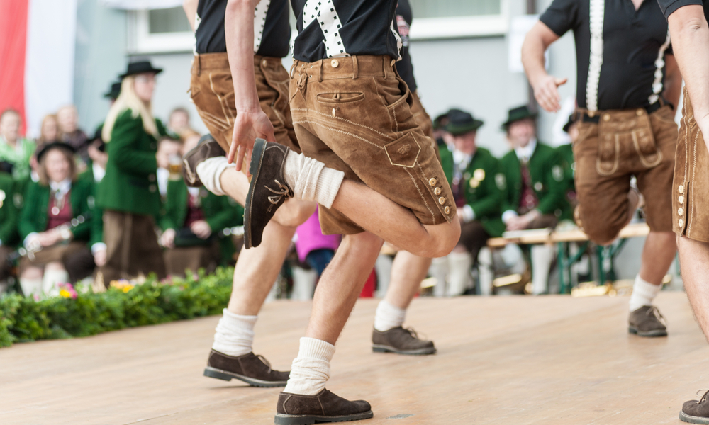 Oktoberfest folk dance